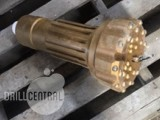 """8 1/2"""" QL 80  Hammer bit has one chipped gauge button"""